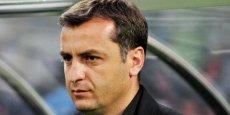 Ermənistan millisinin baş məşqçisi istefa verdi