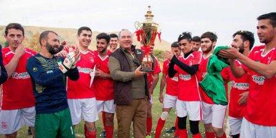 İş adamı Göyçayda stadion açdı, kluba 10 min manat mükafat verdi - FOTOLAR