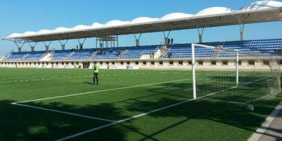 Azərbaycan Kubokunda dava: Baş məşqçi futbolçunu vurdu - VİDEO