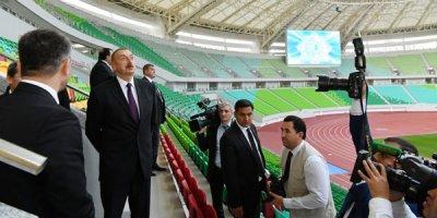 İlham Əliyev Aşqabadda Olimpiya Kompleksi ilə tanış olub - FOTOLAR