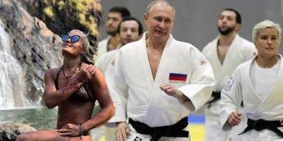 Putini nakauta salan qadın kimdir? (FOTOLAR)