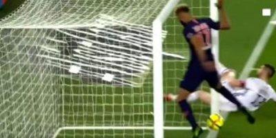 PSJ-nin hücumçusu futbol tarixində ən rüsvayçı səhvə imza atdı - VİDEO