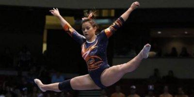 Gimnastın hər iki ayağının qırıldığı an - VİDEO