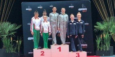 Azərbaycanın bədii gimnastları beynəlxalq turnirdə 10 medal qazanıb - FOTOLAR