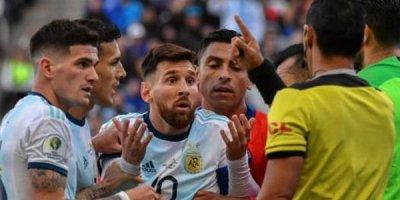 Lionel Messi 3 ay diskvalifikasiya olundu