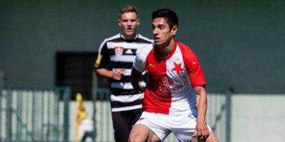 Azərbaycanlı futbolçu Çexiyada dubl etdi