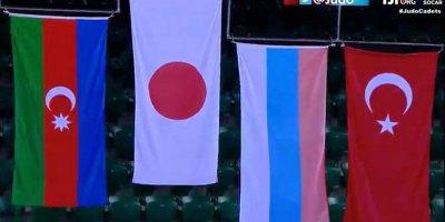 Millimiz ilk dəfə DÇ-də gümüş medal qazandı - FOTOLAR