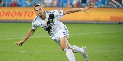 İbrahimoviçdən transfer açıqlaması: Klubun adını dedi