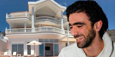 Azərbaycanlı futbolçu yarım milyonluq evindən danışdı - VİDEO