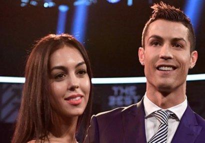 Ronaldo bu qızla evlənir - FOTO