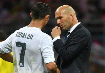 Zidan Ronaldodan danışdı