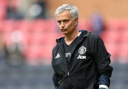Mourinyo maaşından narazıdı