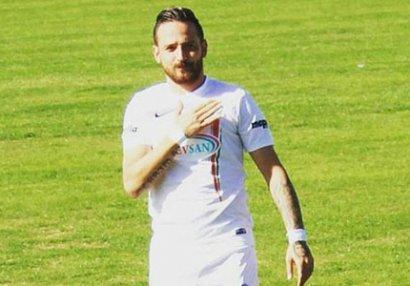 Futbolçu silahlı hücuma məruz qalıb - FOTO