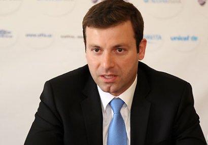 """Elxan Məmmədov """"Neftçi""""yə də """"Nike"""" geyindirdi - ÖZƏL"""