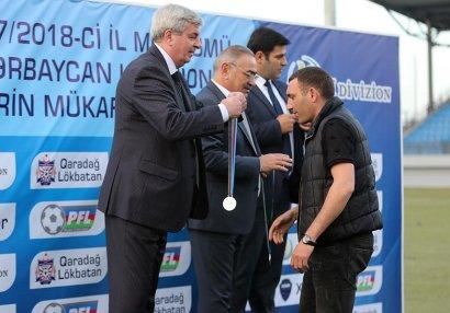 PFL qalibləri mükafatlandırdı - FOTO/VİDEO