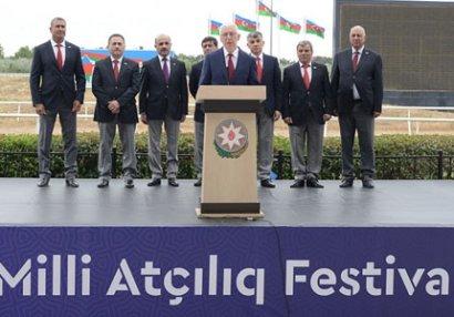 Bakıda Milli Atçılıq Festivalının açılışı olub