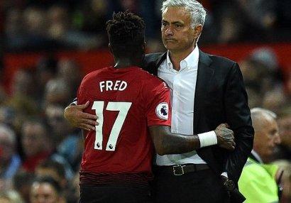 Mourinyo Fredə az şans verməsinin səbəbini dedi