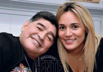 Maradona keçmiş sevgilisini məhkəməyə verir