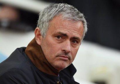 Mourinyo İtaliya klubuyla danışıqlara başladı