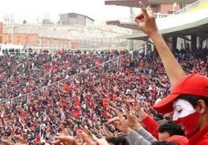 """Təbriz stadionunda möhtəşəm görüntülər: """"Qarabağ bizimdir, bizim olacaq"""" - FOTO/VİDEO"""
