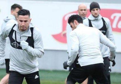 """""""Qarabağ"""" Reynaldoyla yolları ayırır?"""