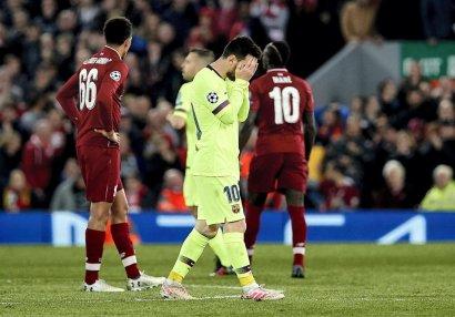 Messi niyə tək qayıdıb?