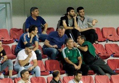 AFFA-da dava: Babək Quliyev Elçin Məmmədovu yumruqladı