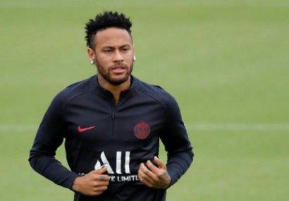 Neymar keçəcəyi klubdan 40 milyon maaş istəyir