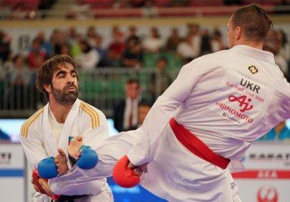 Rafael Ağayev finalda