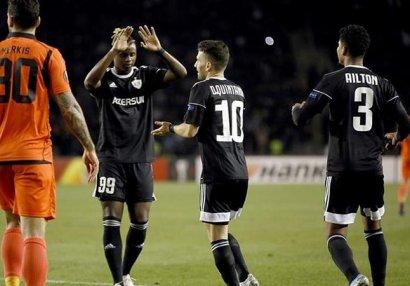 UEFA açıqladı: ən yaxşılar arasında iki