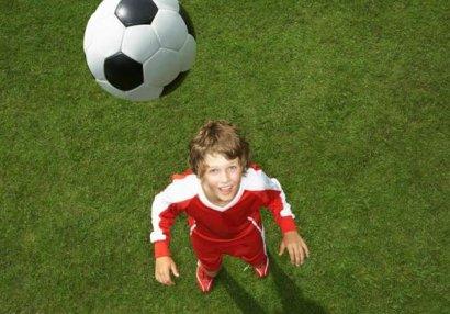 Futbolda şok qadağa
