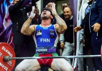 Azərbaycanlı idmançı Moskvada dünya rekordu qırıb çempion oldu - FOTOLAR