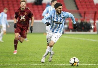 Azərbaycanlı futbolçu Rusiyada ayın ən yaxşısı seçildi