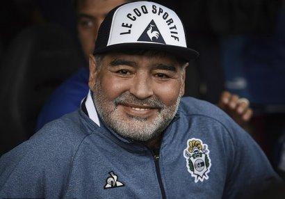 Maradona yadplanetlilər tərəfindən oğurlanıb