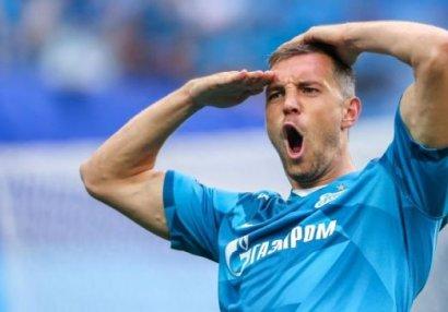 Rusiyanın ən yaxşı futbolçusu yenə də o oldu