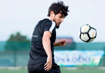 Азербайджанские футболисты нарушили карантин (ВИДЕО)
