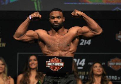 Keçmiş çempion UFC turnirinin əsas siması oldu