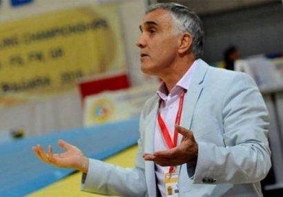 Умер экс-главный тренер женской сборной Азербайджана по борьбе