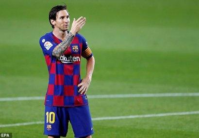 Messi rəmzi heyətdə,