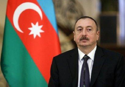 Ильхам Алиев выразил соболезнования семьям генерала Гашимова и полковника Мирзоева (ФОТО/ВИДЕО)