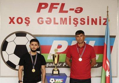 Peşəkar Futbol Liqası medalçıları mükafatlandırdı - FOTOLAR
