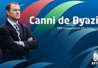 Новый главный тренер сборной Азербайджана прибыл в Баку