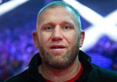 MMA idmançısı Moskvada döyülüb - Sabah əməliyyat olunacaq