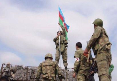 Ağdamın daha bir kəndində Azərbaycan bayrağı ucaldıldı