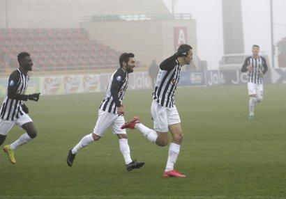 """""""Neftçi""""dən ilk və rekord"""