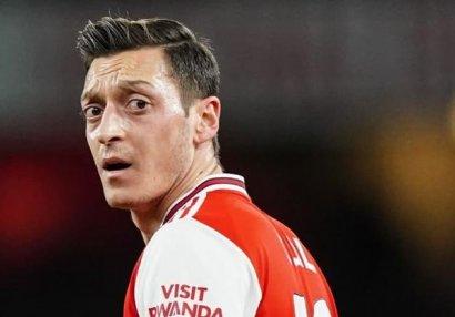 Məsut Özil Amerika klubuna keçə bilər
