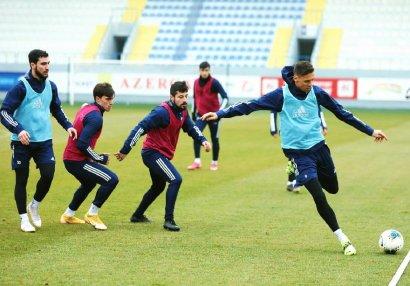 """""""Qarabağ"""" """"Neftçi"""" ilə oyuna hazırlaşır - FOTOLAR"""