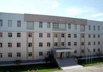 39 nəfər Gənclər və İdman Nazirliyi tərəfindən mükafatlandırıldı