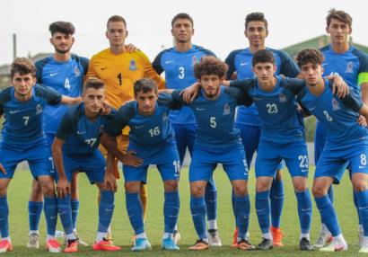 Türkiyə klubunun futbolçusu millimizə çağırıldı