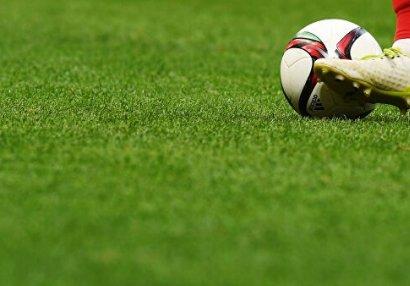 Söyüş söyən futbolçuya üç oyunluq cəza